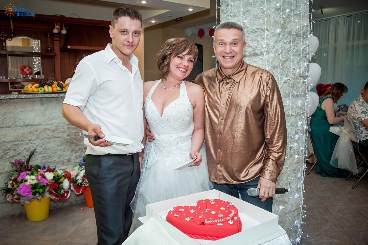 Ведущий и диджей на свадьбу спб